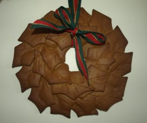 small-gingerbread-wreath