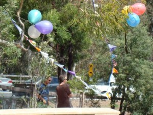 bunting-and-balloons